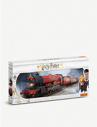 WIZARDING WORLD: Harry Potter Hogwarts Express train model