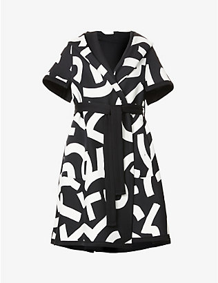 ISSEY MIYAKE: Graphic-print hooded cotton coat