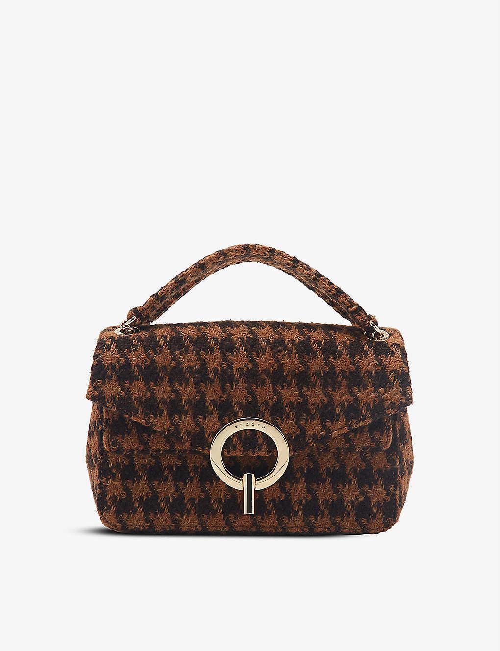 Sandro Houndstooth Knitted Shoulder Bag In Brown