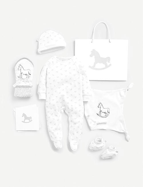 THE LITTLE TAILOR: Cotton sleepsuit, hat, booties, blanket and comforter gift set 0-6 months