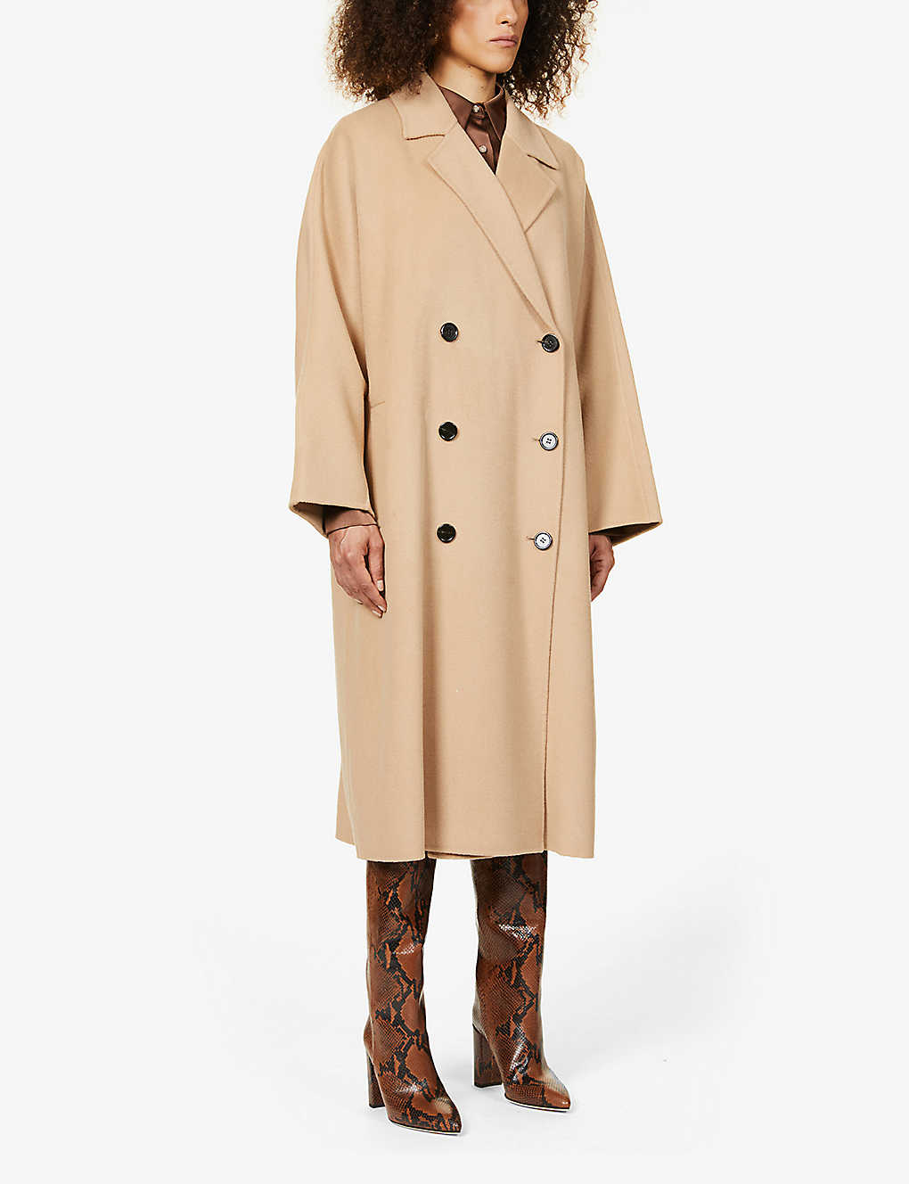 STAND: Mikaela oversized wool coat