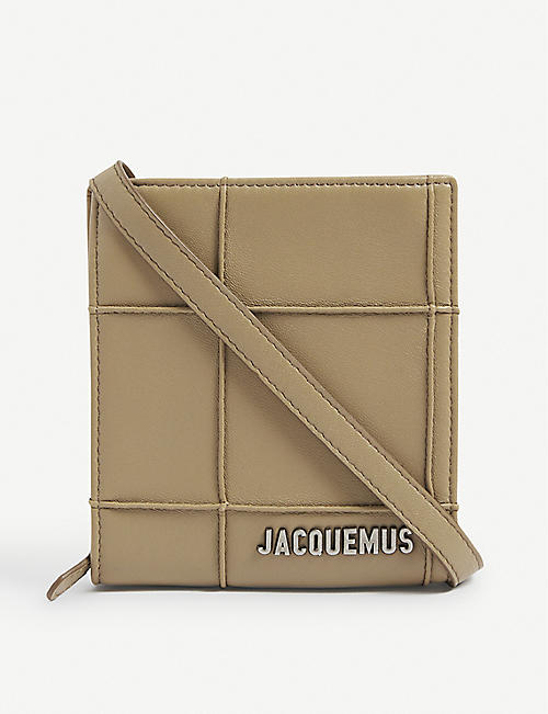 JACQUEMUS: Le Gadjo leather wallet-on-strap