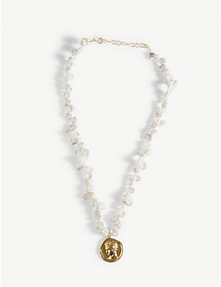 HERMINA ATHENS: Hermis yellow-gold plated sterling silver coin and pearl necklace