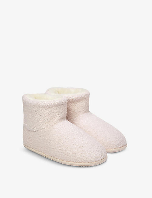 THE LITTLE WHITE COMPANY: Fluffy knitted slippers 1-6 years