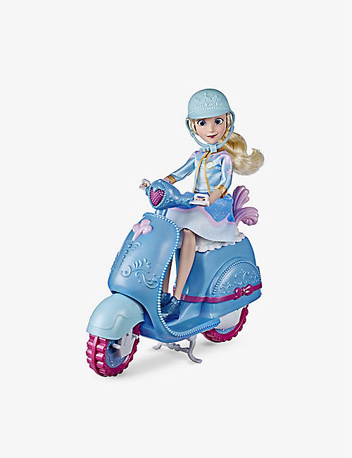 DISNEY PRINCESS: Comfy Squad Cinderella's Sweet Scooter playset 32.4cm