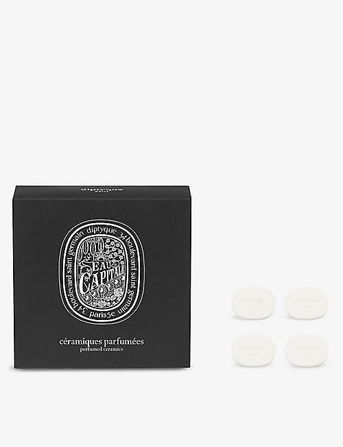 DIPTYQUE: Eau Capitale perfumed brooch ceramic refill pack of four