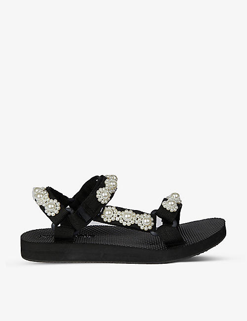 ARIZONA LOVE: Trekky Fun faux pearl-embellished woven sandals
