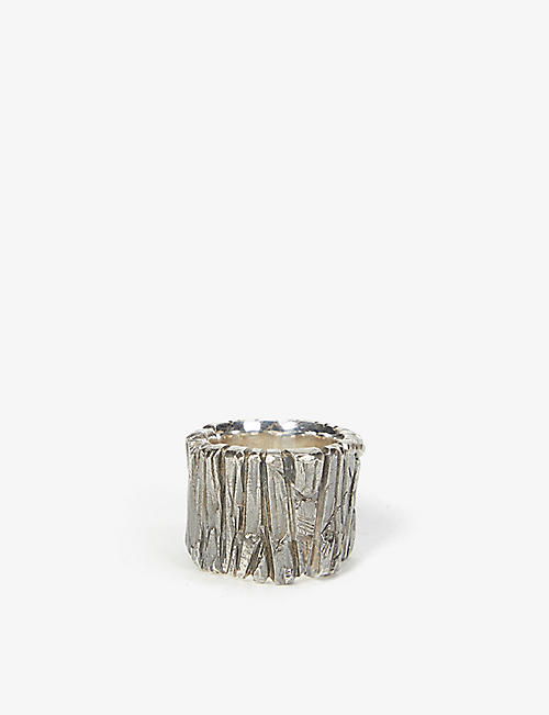 CHIA HUNG SU: Textured silver ring