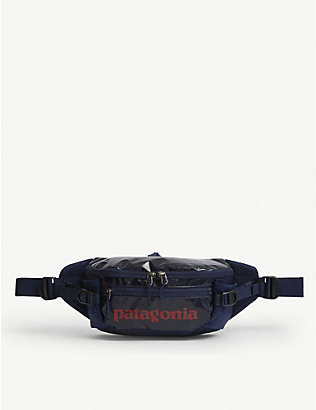 PATAGONIA: Black Hole recycled-woven belt bag