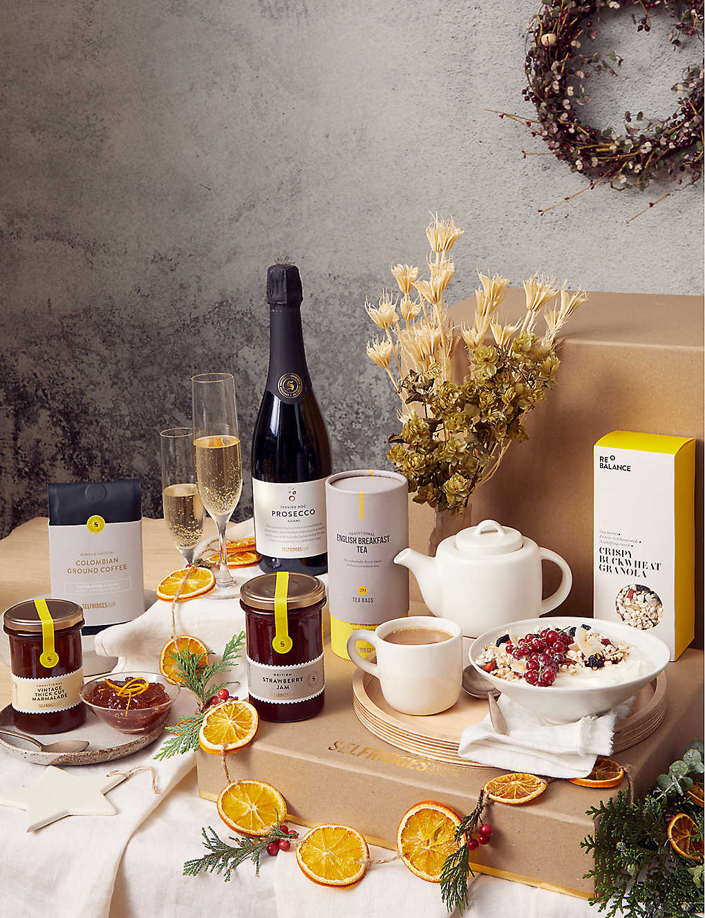 SELFRIDGES SELECTION: Breakfast In Bed gift box
