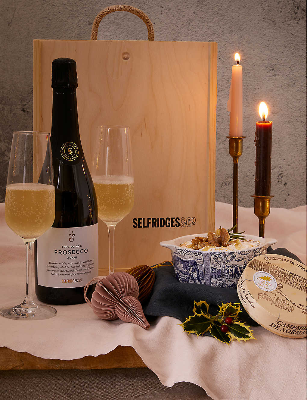 SELFRIDGES SELECTION: Baked Camembert Prosecco gift box