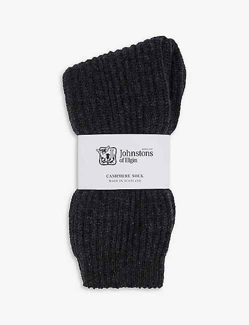 JOHNSTONS: Cable-knit cashmere bed socks