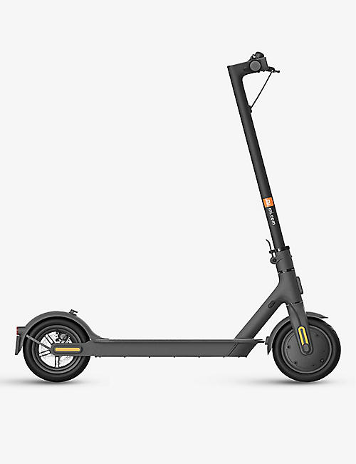 XIAOMI: Mi Electric Scooter 1S