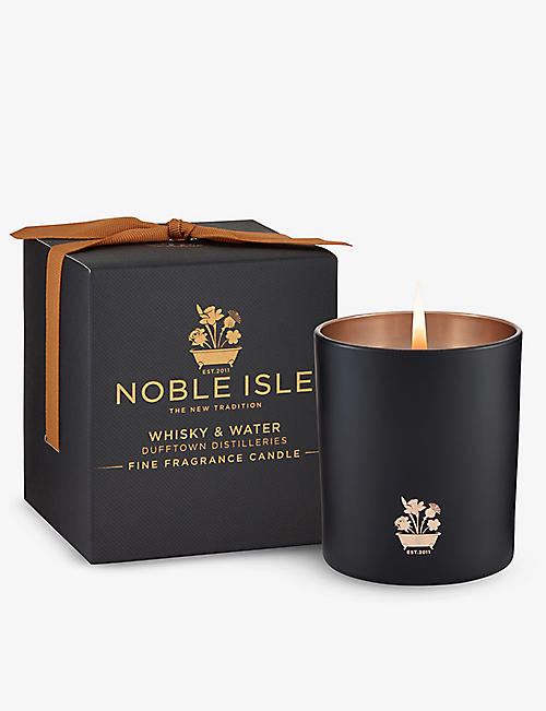 NOBLE ISLE: Whisky & Water scented candle 200g