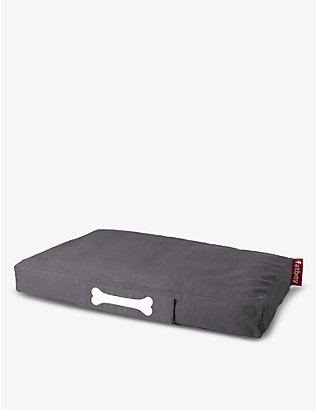 FATBOY: Doggielounge stonewash dog bed 120cm