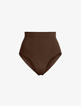 SKIMS: Sculpting mid-rise stretch-woven briefs