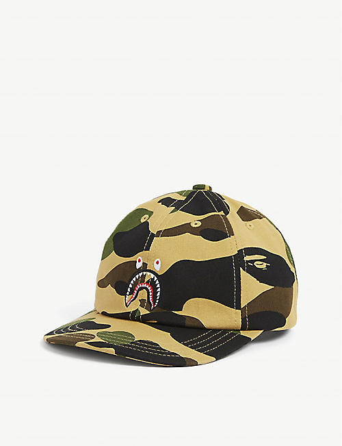 A BATHING APE:Kids Camo Shark 六片式棉质帽子