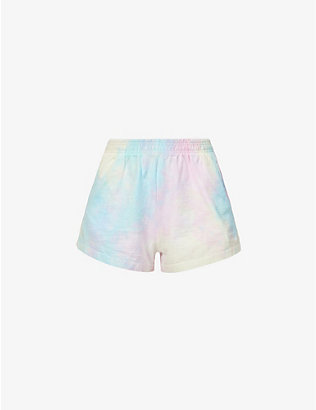 LIVINCOOL: Essential tie-dye pattern mid-rise cotton-jersey shorts