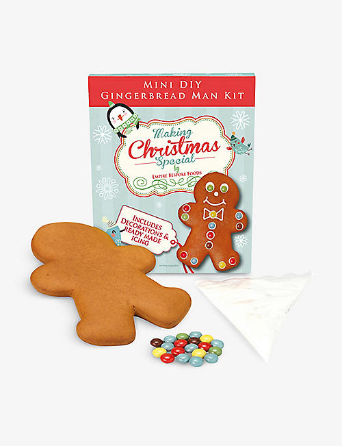 CHRISTMAS: Mini DIY gingerbread man kit