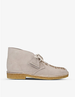 PALM ANGELS: Palm Angels x Clarks brand-print suede desert boots