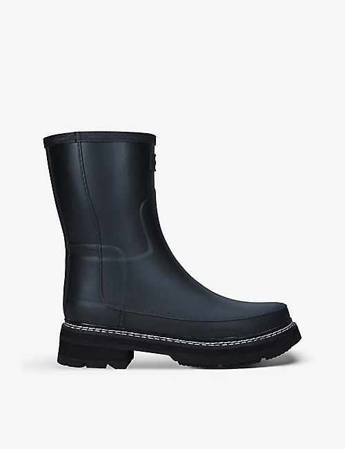 HUNTER: Refined Stitch short natural vulcanised rubber wellington boots