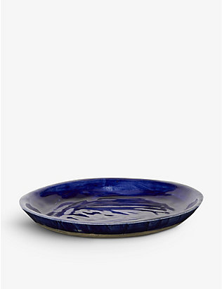 KANA LONDON: Klein Blue glazed stoneware dinner plate 27cm