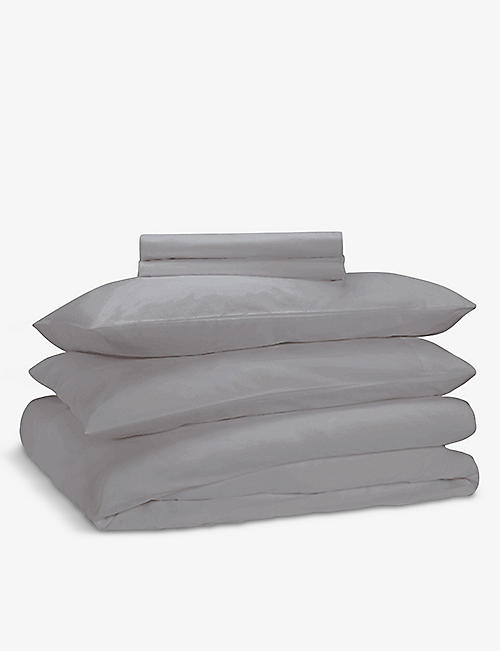 RISE AND FALL: Crisp & Cool organic-cotton duvet set 200cm x 200cm