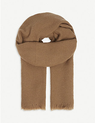 SLOWEAR: Wool and cashmere-blend scarf