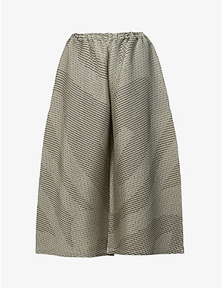 ISSEY MIYAKE: Weave-pattern pleated wide-leg high-rise woven trousers