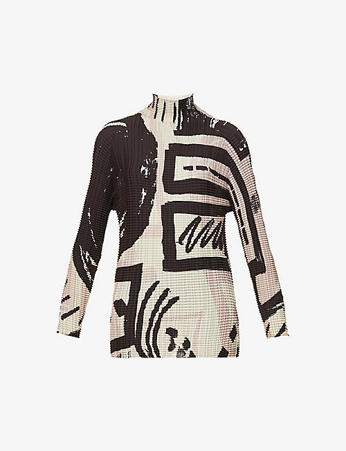 ISSEY MIYAKE: Graphic-print pleated woven top