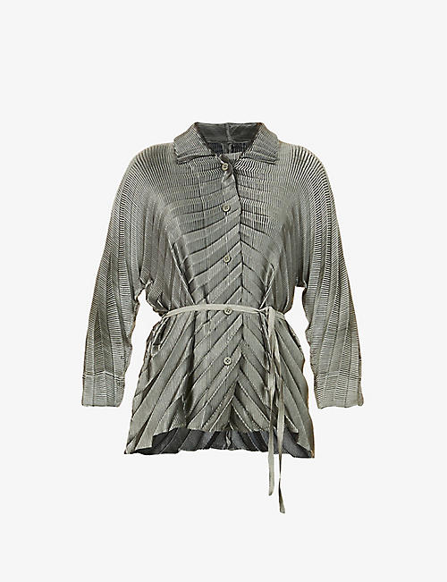ISSEY MIYAKE: Belted pleated woven jacket