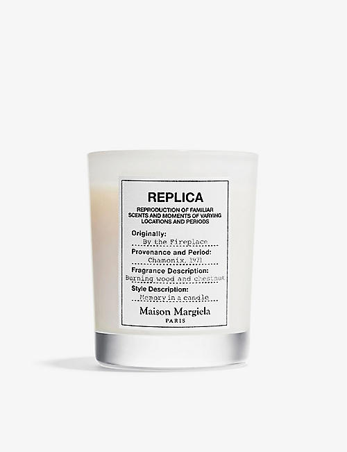 MAISON MARGIELA: Replica By The Fireplace scented candle 165g