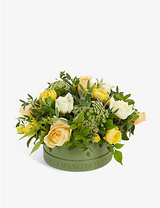 THE REAL FLOWER COMPANY: Yellow and Ivory Pick of the Day hat box arrangement