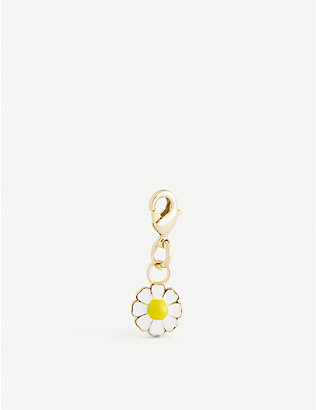 WILHELMINA GARCIA: Daisy gold-plated sterling silver charm