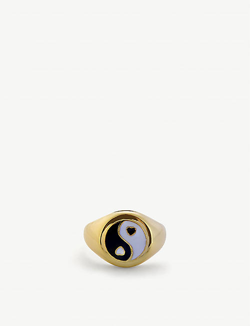 WILHELMINA GARCIA: Yin yang 18ct gold-plated sterling silver signet ring