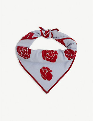 BARRIE: Rose-pattern cashmere scarf