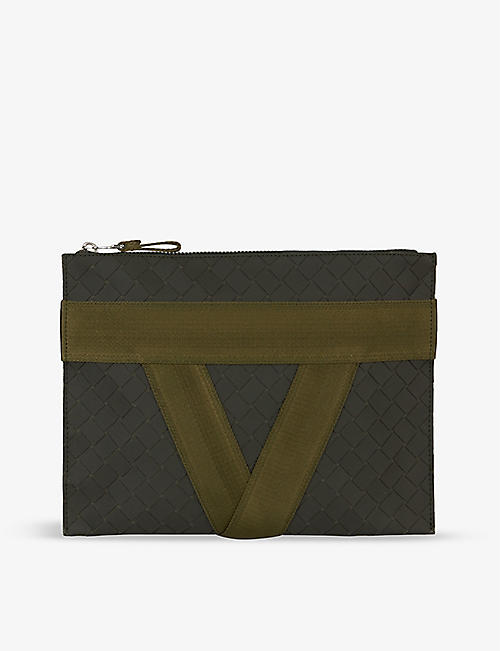 BOTTEGA VENETA: V-motif zipped leather pouch