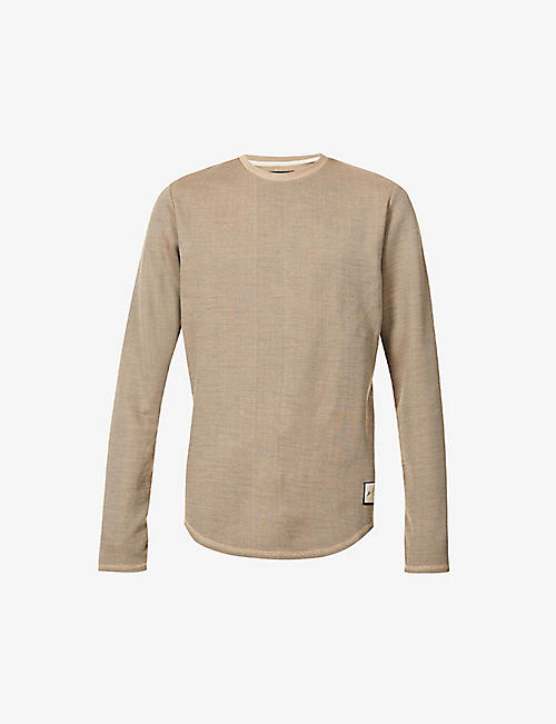 PREVU: Saxen long-sleeve slim-fit woven top