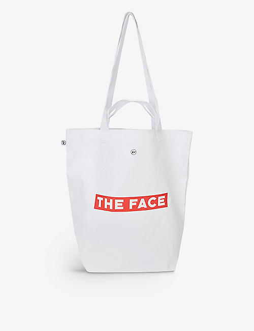 THE FACE X FRAGMENT DESIGN: The Face x Fragment 品牌棉质托特包