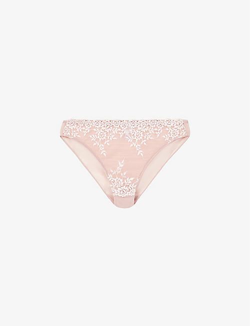 WACOAL: Embrace mid-rise stretch-lace briefs
