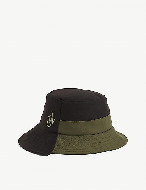 JW ANDERSON: Asymmetric recycled polyester bucket hat