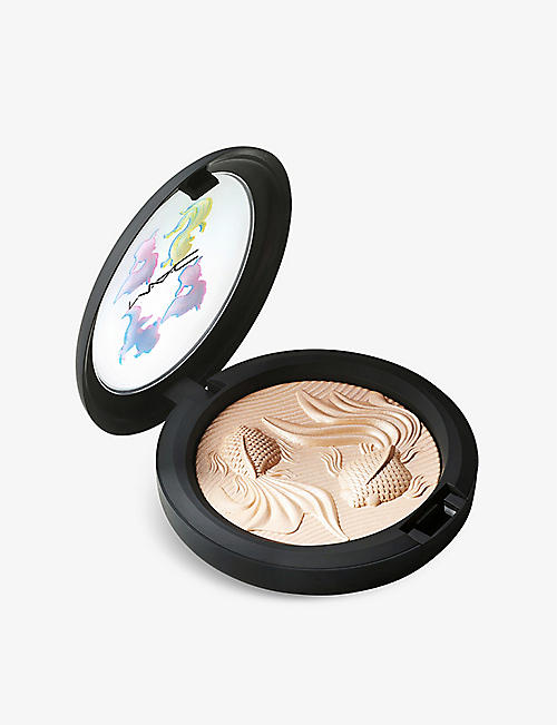 MAC: Moon Masterpiece Extra Dimension Skinfinish highlighter 9g