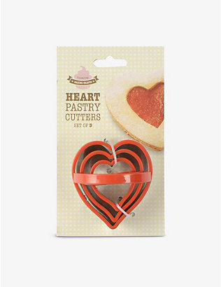 EDDINGTONS: Stainless steel heart-shaped pastry cutters pack of 3
