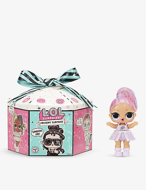 L.O.L. SURPRISE: Glitter Shimmer Star Sign Series 2 assortment dolls