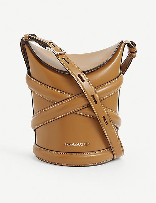 ALEXANDER MCQUEEN: The Curve small leather bucket bag
