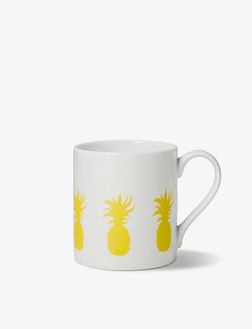 ALICE PETO: Exclusive pineapple-print fine china mug 9cm