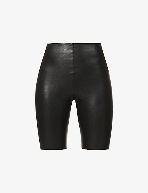 COMMANDO: Fitted high-rise faux-leather shorts