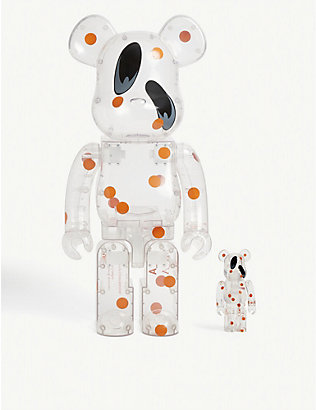 SR_A X BE@RBRICK: SR_A x Be@rbrick 100% and 400% figurines
