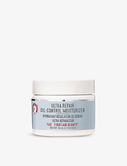 FIRST AID BEAUTY: Ultra Repair Oil-Control moisturiser 50ml