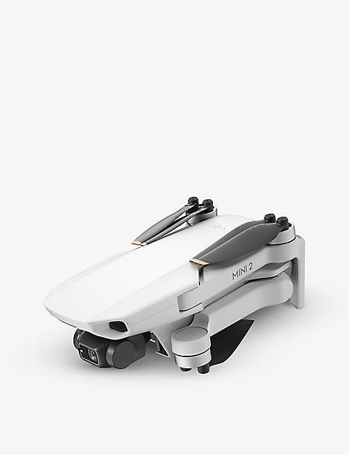 DJI: Mini 2 Fly More Combo drone